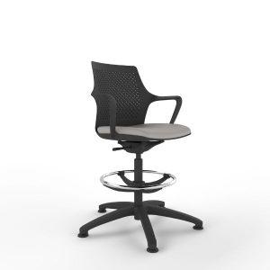 Fuze working stool in black